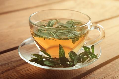 té de salvia para bajar el azúcar en la sangre