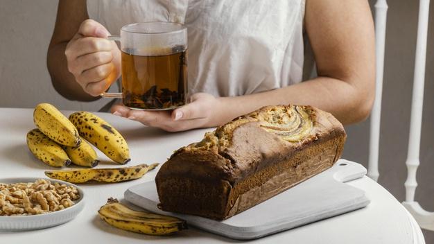 té de plátano y canela