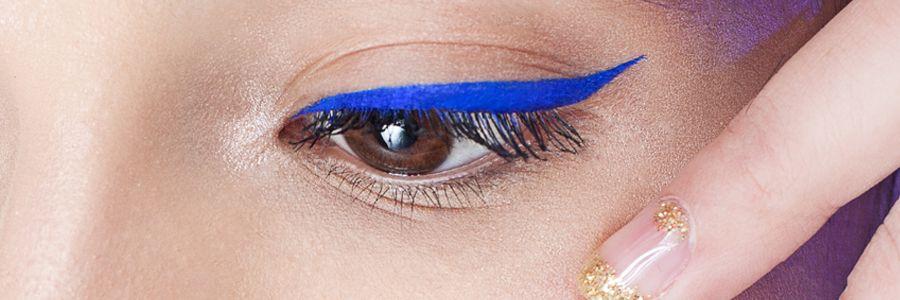 Imagen do jo de mujer con maquillaje deliniado de ojos