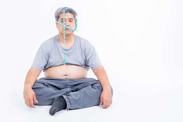 El estrés te hace sentir desanimado y menos activo físicamente, por lo que te hace engordar