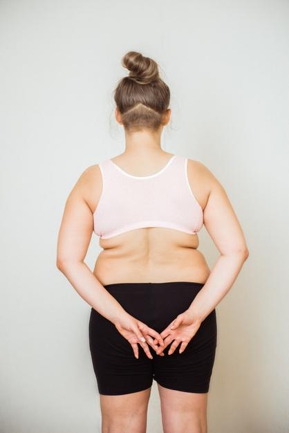 para eliminar la grasa de la espalda debes seguir una dieta rigurosa