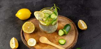 agua de pepino con limon