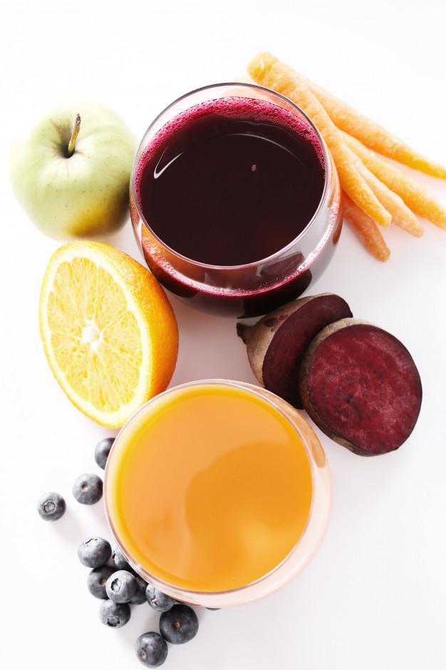 jugo de remolacha, zanahoria y manzana para recuperar la visión borrosa